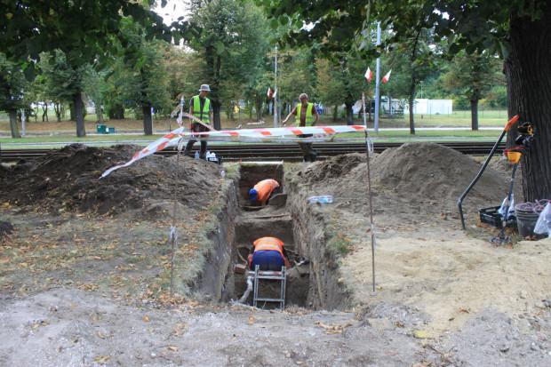 Badania archeologiczne wzdłuż al. Zwycięstwa były prowadzone od czerwca do października.