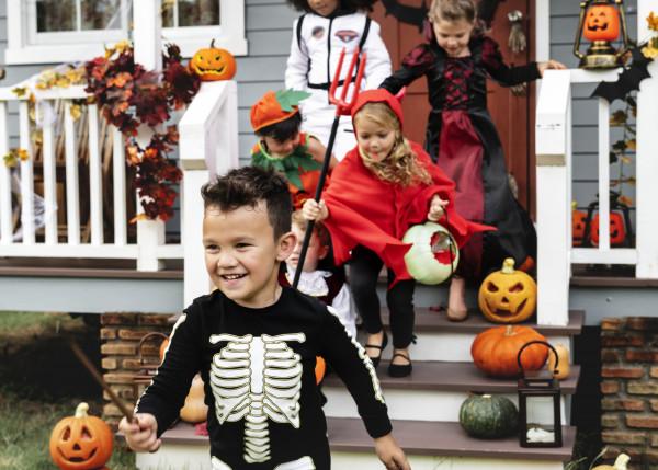 Wśród imprez halloweenowych dla dzieci każdy, niezależnie od wieku i zainteresowań, znajdzie coś dla siebie.