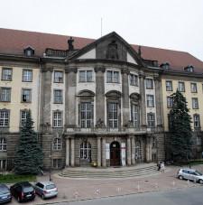 Budynek dyrekcji PKP w Gdańsku.