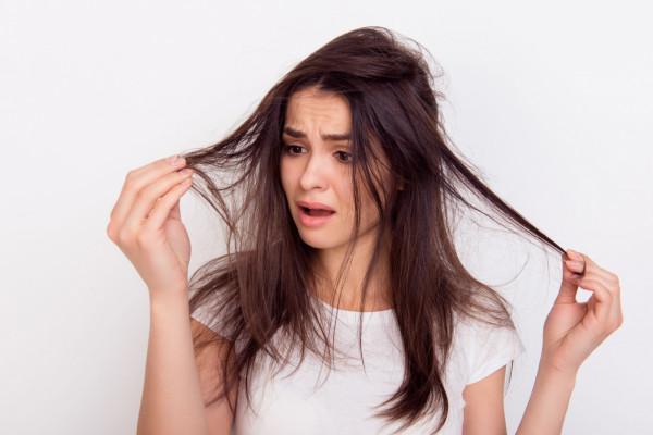 Piękne i długie włosy są marzeniem wielu kobiet.