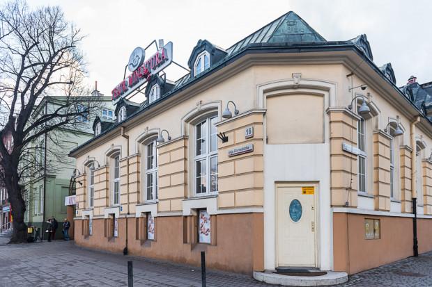 Teatr Miniatura przechodzi remont, którego celem jest przywrócenie budynku do stanu sprzed zalania na początku września. Ma się to udać do końca roku.