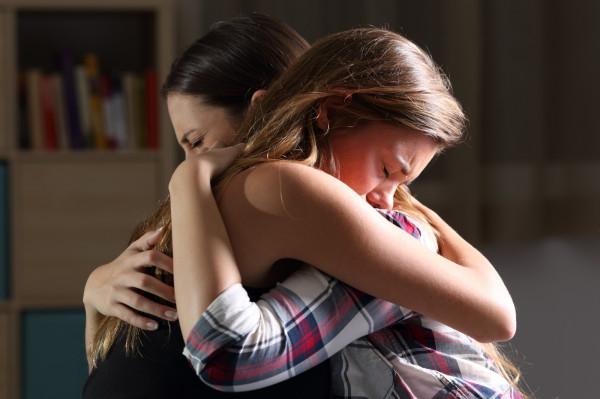 Śmierć bliskiej osoby może być najtrudniejszym wydarzeniem w naszym życiu. Nie wszyscy są w stanie poradzić sobie sami z tak wielką traumą i potrzebują wykwalifikowanej pomocy z zewnątrz.