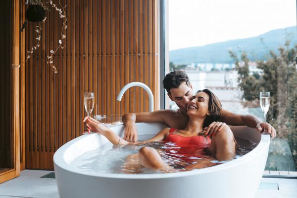 Spa dla dwojga to coraz chętniej wybierana opcja na spędzenie wolnego czasu przez pary.