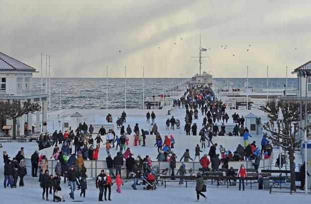 Nie wiadomo, kiedy znów w Sopocie będzie można jeździć na łyżwach z widokiem na molo i Zatokę Gdańską.