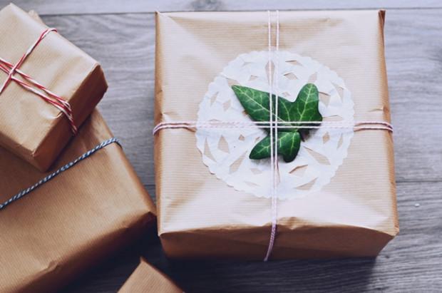 Kupno świątecznego prezentu dla jednych to przyjemność, inni co roku narzekają, że nie mają pomysłu na oryginalny upominek. Poniżej garść inspiracji.