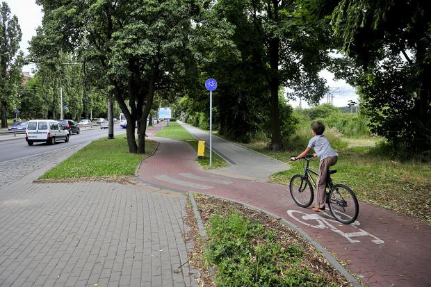 Gdynia inwestuje w parkingi i stojaki rowerowe.