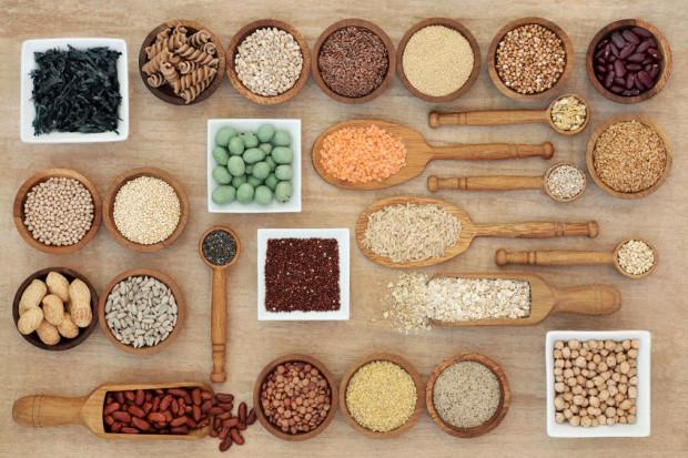 Zdrowe, odżywcze węglowodany - w kaszach, mące razowej czy roślinach strączkowych - też istnieją.