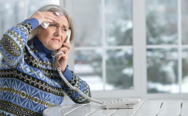 Zdecydowana większość oszukanych to kobiety w wieku 60-89 lat.