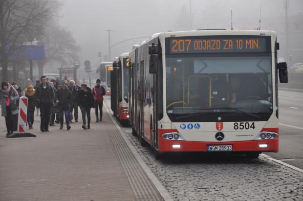 BP Tour obsługuje głównie linie z gmin ościennych m.in. 207 między Pruszczem Gdańskim a dworcem głównym w Gdańsku.