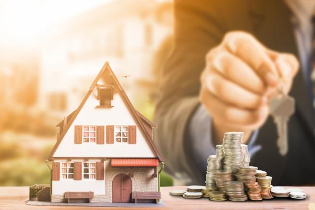 Już na etapie zaciągania kredytu hipotecznego warto pamiętać o możliwości jego szybszej spłaty lub częściowej nadpłaty.