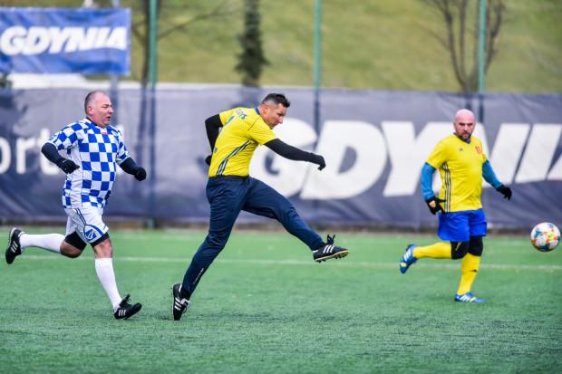 Gol Grzegorza Nicińskiego był pierwszym na trójmiejskich boiskach w 2020 roku. Trafienie padło dokładnie o godzinie 12:17.