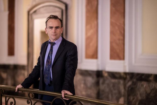 Wojewódzki konserwator zabytków jest jedynym urzędnikiem, który ma możliwość czuwania nad porządkiem przestrzennym w mieście - mówi Igor Strzok.