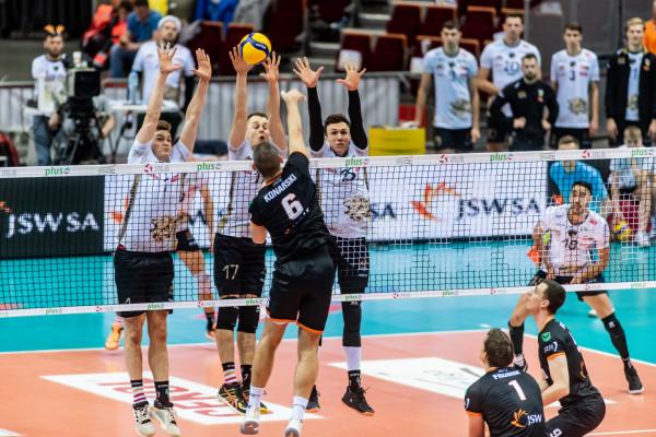 W meczu Jastrzębski Węgiel - Trefl Gdańsk o awansie do Final Four Pucharu Polski rozstrzygnął tie-break. W ostatniej akcji pomylił się Dawid Konarski.