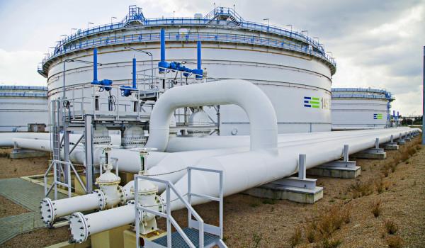 Aleksander Łukaszenka zlecił analizę dostaw ropy z Polski na Białoruś.