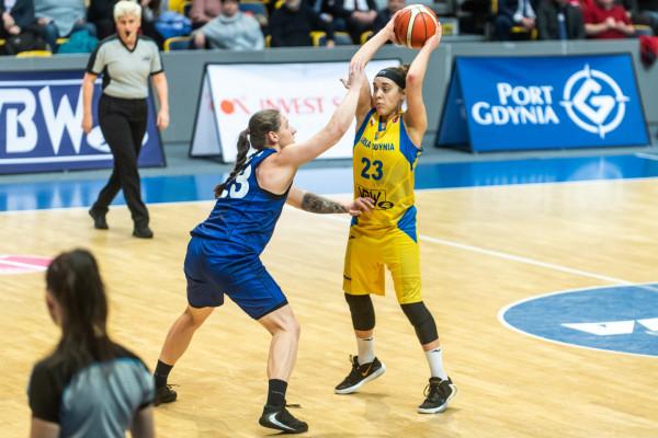 Marissa Kastanek (nr 23) w finale Pucharu Polski grała już dwa razy, ale jako zawodniczka Ślęzy Wrocław doznała dwóch porażek. Czy w tym roku sięgnie po trofeum z Arką Gdynia?
