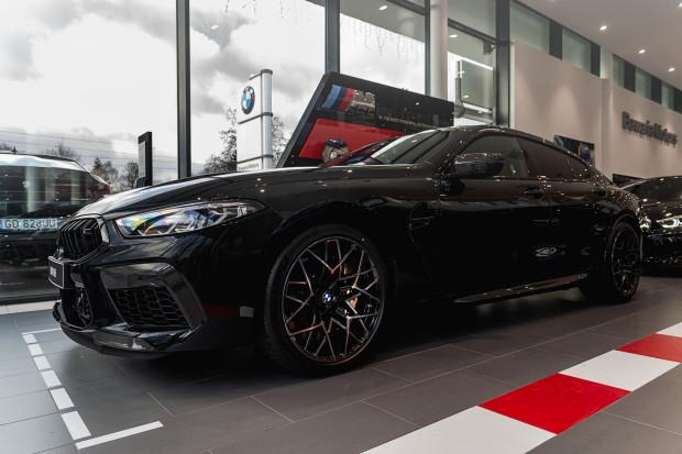 Odwiedź salon BMW Bawaria Motors w Gdańsku i sprawdź, jak prezentuje się atletyczne M8.