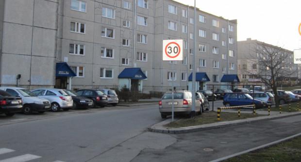 Strefa Tempo 30 pojawia się w coraz większej liczbie miejsc i staje się powoli normą na ulicach przy osiedlach i szkołach.