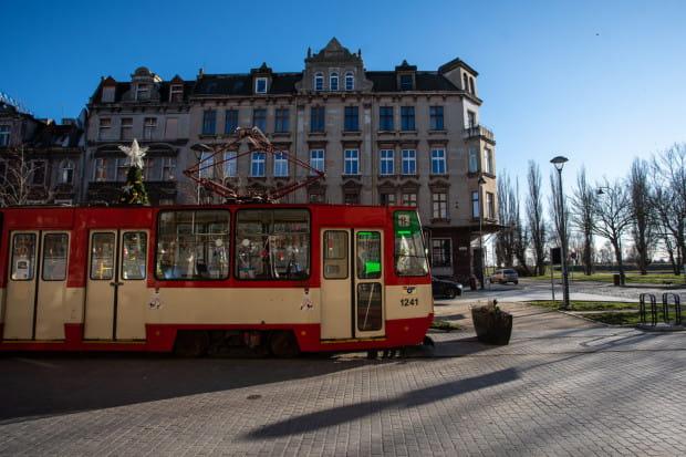 Konstale to jedne z najstarszych tramwajów szybkobieżnych, które do dziś można spotkać na gdańskich torach. Dostarczane były do miasta w latach 1975-1990. Zdjęcie ilustracyjne.