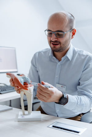 Lek. Mateusz Janik, specjalista ortopedii i traumatologii narządu ruchu