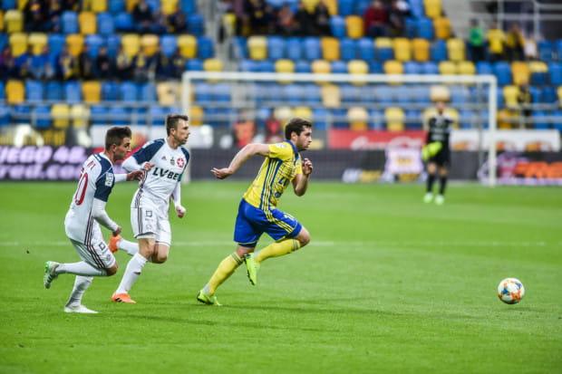Czy Luka Zarandia w zimowym oknie transferowym pospieszy z pomocą Arce Gdynia?