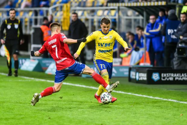 Nemanja Mihajlović na boisku w meczu Arka Gdynia - Raków Częstochowa przebywał około kwadrans, ale to on przypieczętował zwycięstwo gospodarzy na 3:2.
