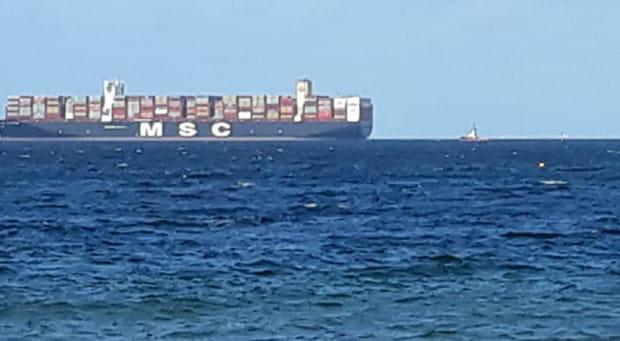 Wczoraj do DCT wszedł kontenerowiec MSC Gülsün.