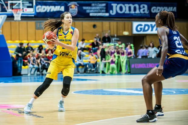 Wydaje się, że Amalia Rembiszewska to największa wygrana koszykarka Arki Gdynia spośród Polek. Wykorzystała kontuzje koleżanek i wystąpiła w 12 meczach Euroligi.