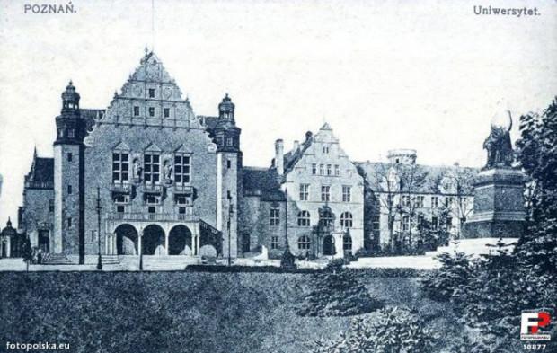 Gmach główny Uniwersytetu Poznańskiego, lata 20 ub. w. (za: fotopolska.eu)