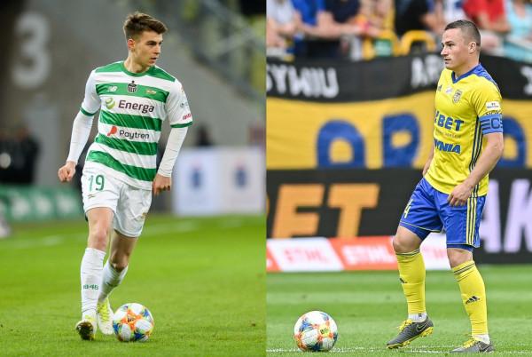W przerwie od prawdziwych boiskowych zmagań, Karol Fila z Lechii Gdańsk (z lewej) i Michał Nalepa z Arki Gdynia (z prawej) będą rywalizowali w wirtualnych rozgrywkach w turnieju ekstraklasy FIFA20.