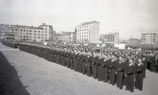 Pierwsza rocznica wyzwolenia miasta. Zdjęcia pochodzą ze zbiorów Muzeum Miasta Gdyni.