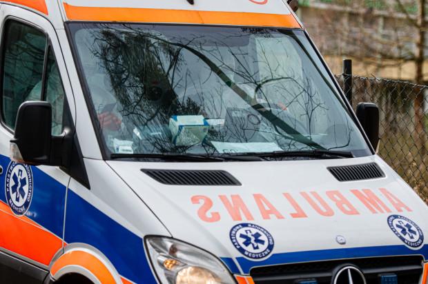 W niedzielę zmniejszyła się liczba osób przebywających na kwarantannie i w szpitalach.