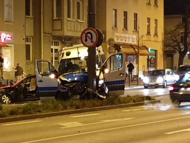 Skutki wieczornego wypadku w Sopocie.