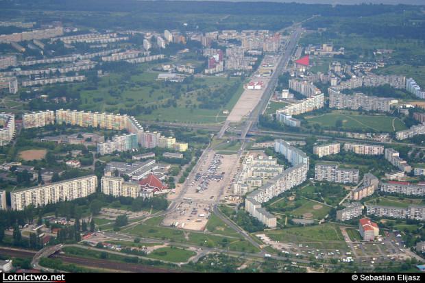 Panorama dawnego lotniska na Zaspie. Zdjęcie z 2009 roku.