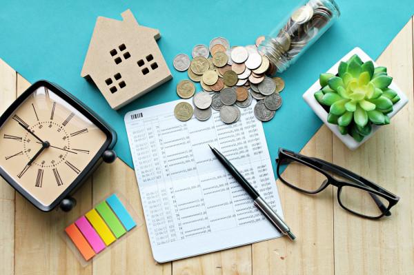 Zarządzanie nieruchomościami pochłania czas i nerwy. Zlecenie zadań profesjonalistom to z kolei cały pakiet korzyści.