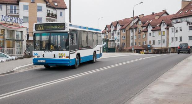 Linia 153 to jedna z popularniejszych dzielnicowych linii w Gdyni.
