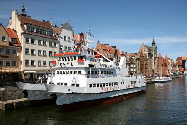 Od wtorku katamarany Żeglugi Gdańskiej znów zapraszają na pokład. Ze względów sanitarnych będą mogły przewieźć połowę pasażerów.