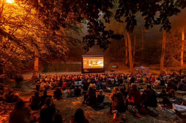 Kino po zachodzie słońca odbywać się będzie w Teatrze Leśnym przez pierwsze trzy weekendy wakacji.