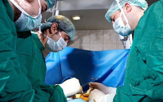 Czasami jedyną możliwością uratowania komuś życia jest przeszczep, dlatego tak ważne jest, abyśmy określili, czy wyrażamy zgodę na pobranie naszych organów po śmierci.