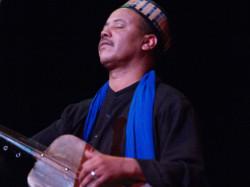Majid Bekkas i jego zespół, prócz muzyki zaprezentują także inne elementy marokańskiej kultury: taniec i stroje.