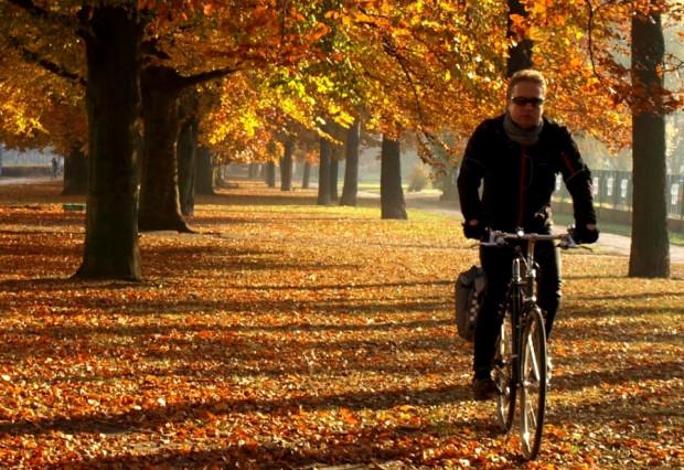 """""""Nie ma złej pogody na rower"""". Źle może jedynie być ubrany rowerzysta."""