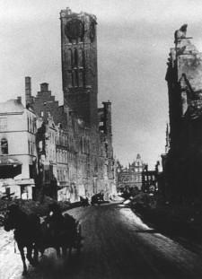Ratusz Głównego Miasta w 1945 r.