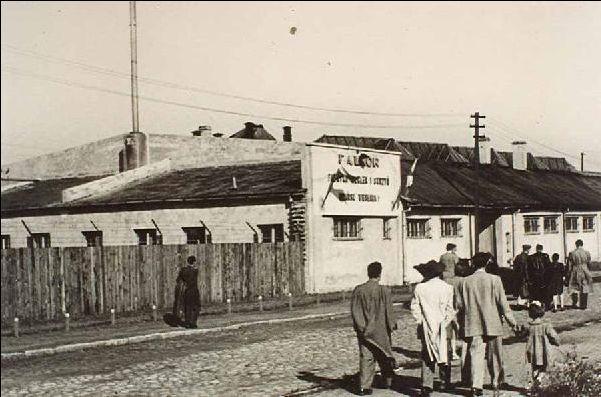 Jeden z pierwszych budynków Dalmoru, w którym produkowano puszki i skrzynie.