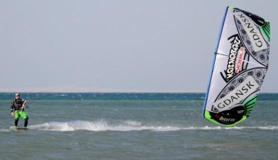 Jan Lisewski w zeszłym roku pokonał kitem Morze Bałtyckie.