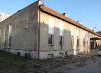 Nieruchomość w północnej części Gdyni, w dzielnicy Obłuże, ul. Robotnicza 27.