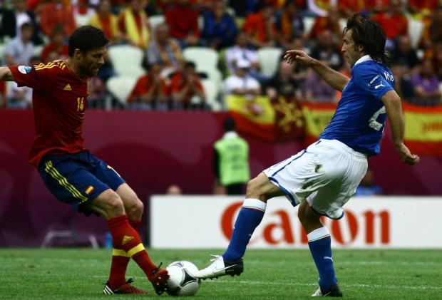1 lipca w Kijowie Xabi Alonso i Andrea Pirlo ponownie staną naprzeciw siebie. 10 czerwca na Arena Gdańsk Hiszpanie zremisowali z Włochami 1:1.
