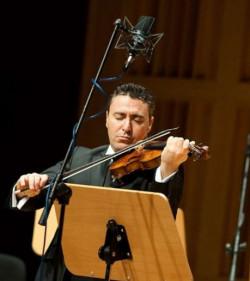Vengerov nie dokonał rewolucji jeżeli chodzi o materiał dźwiękowy, ponieważ wykonywane dźwięki były tymi, które zapisał kompozytor, jednak w każdej kompozycji przemycał siebie.