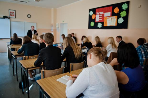 W Trójmieście szkół ponadgimnazjalnych mamy wiele, stąd częsty problem wyboru jednej z nich. Na zdjęciu uczniowie klasy matematyczno-geograficznej VII LO im. Józefa Wybickiego.