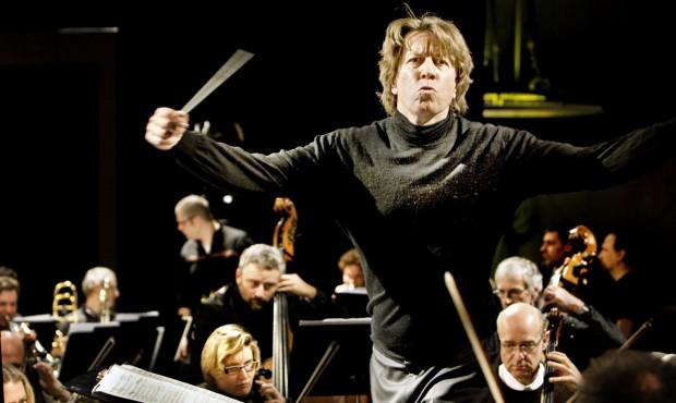 Orkiestra Polskiej Filharmonii Bałtyckiej nowy sezon zainauguruje pod dyrekcją Holendra, Ernst a van Tiel, nowego dyrektora artystycznego PFB. Koncert otwierający w czwartek.