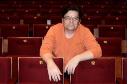 Romuald Wicza-Pokojski, dyrektor Teatru Miniatura chcę zaciekawić swoim teatrem gimnazjalistów. W najbliższym sezonie obok kryminału na scenie Miniatury zagości też dokument i spektakl poświęcony mieszkającemu w Gdańsku Danielowi Fahrenheitowi.