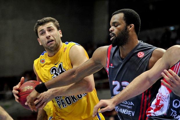 Adam Hrycaniuk był jedynym zawodnikiem mistrzów Polski, który uzyskał dwucyfrową liczbę punktów.